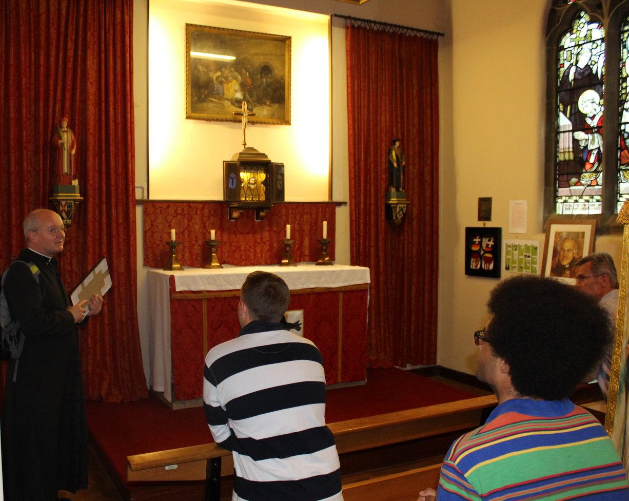 Uctění ostatků sv. Tomáše Becketa